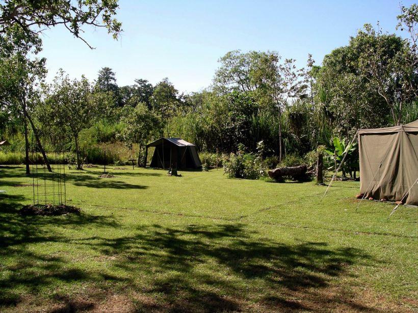 Resize of 04-26-2005 01 Safari Camp 1.JPG