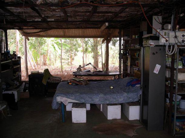 Resize of 09-10-2005 12 Owen's House 10.JPG