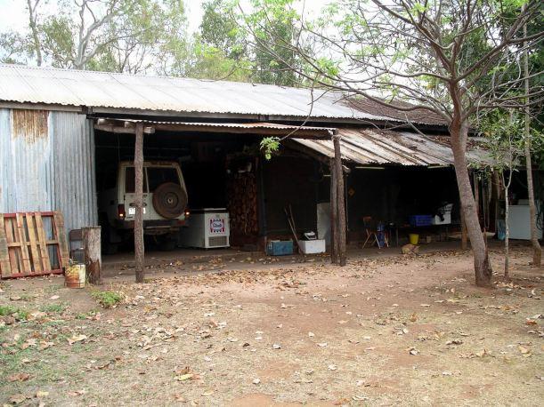 Resize of 09-10-2005 01 Owen's House.JPG