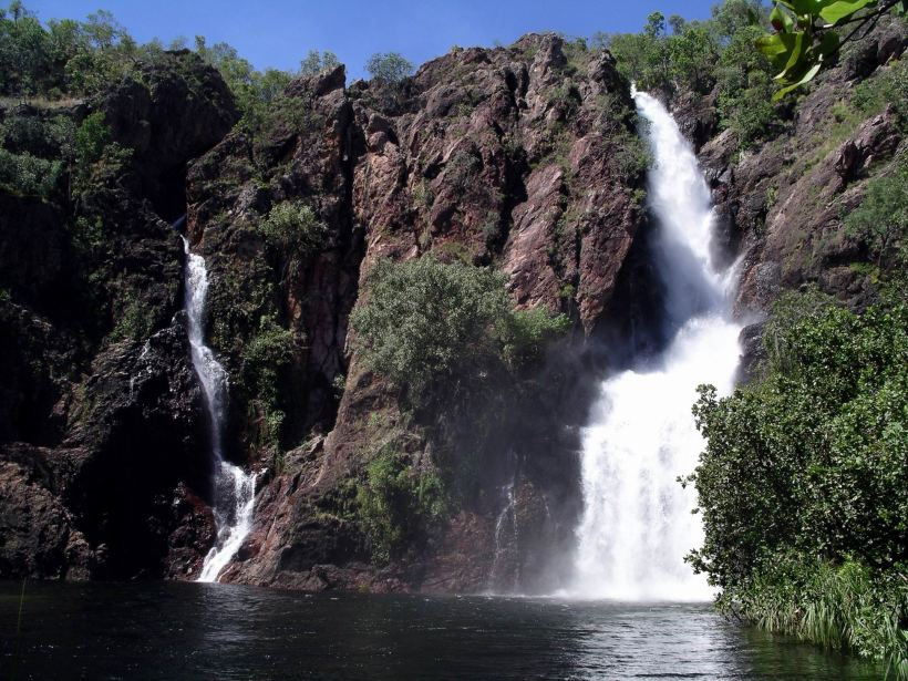 Resize of 05-02-2006 06 Litchfield Wangi Falls5