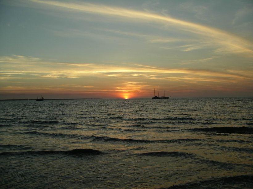 Resize of 08-10-2006 07 mindil sunset7