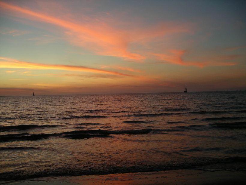 Resize of 08-10-2006 12 mindil sunset12