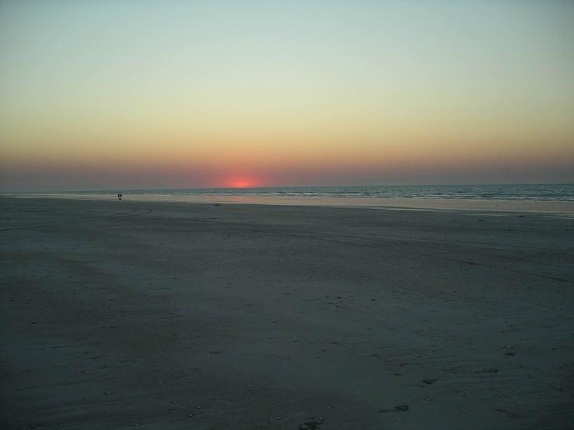 Resize of 09-15-2006 Sunset 80 Mile Bch Sept 12