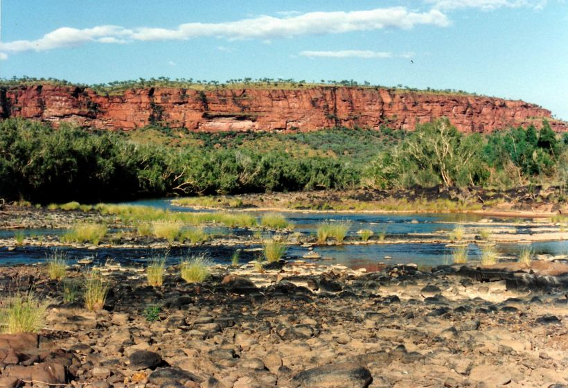 Resize of 7-8-1993 Victoria River near Vic River Crossing
