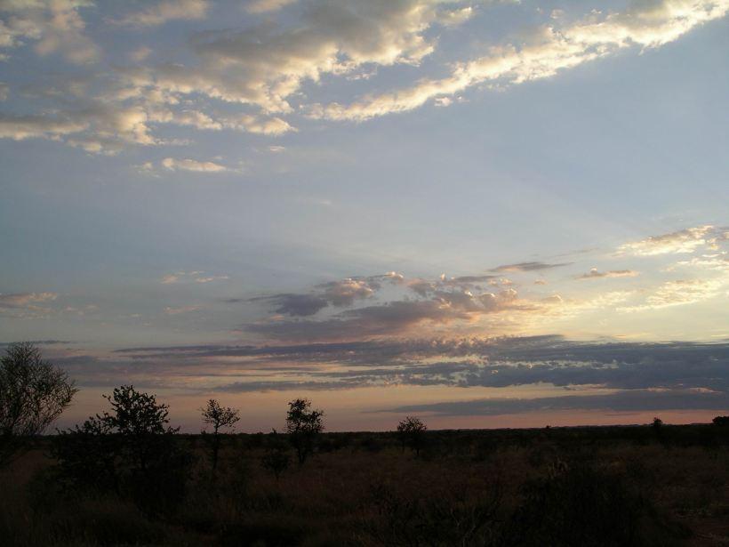 Resize of 10-28-2006 Pilbara dusk 2