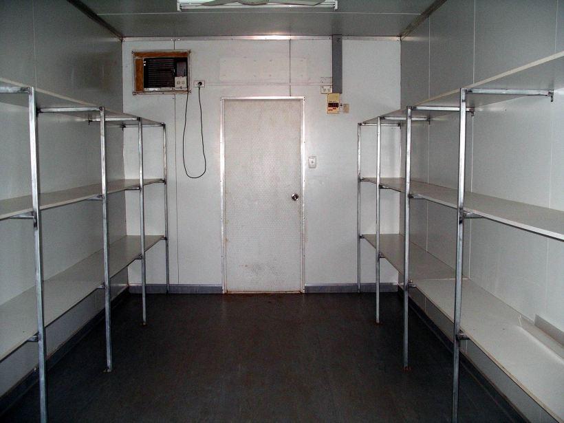 Resize of 11-07-2006 kitchen inside 8