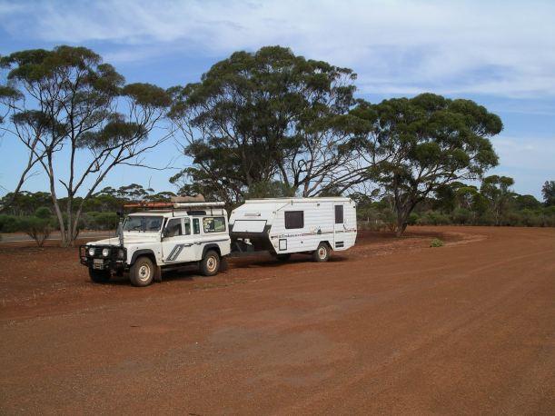 Resize of 12-07-2006 nth of Kalgoorlie rest area